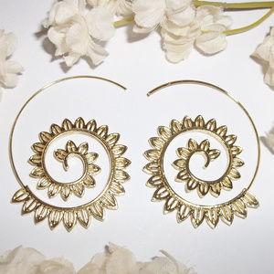 Jewelry - Gold Hoop Earring Spiral Tribal Edgy Boho NWT 4718